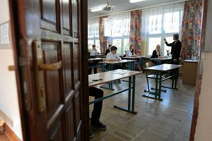 Egzamin gimnazjalny 2014. Odpowiedzi do cz�ci przyrodniczej (godz. 9.00) i matematycznej (godz. 11.00)