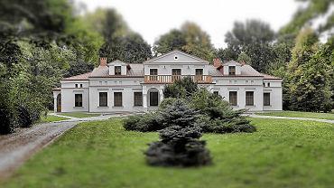 Dwór w Lasochowie