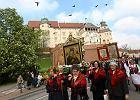 Kilka tysięcy osób przeszło w procesji z Wawelu na Skałkę