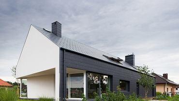 Dom w Kobylance powstał w typie 'nowoczesnej stodoły'