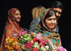 Malala: Jestem dumna, �e jako pierwsza m�oda kobieta dosta�am Nobla