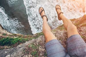 Klapki i sandały w męskiej garderobie - tak czy nie?