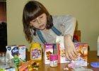 Zalewa nas niespotykana wcze�niej fala reklamy suplement�w dla dzieci. Ekspert: Wychowamy pokolenie lekoman�w? To tylko jedna z konsekwencji