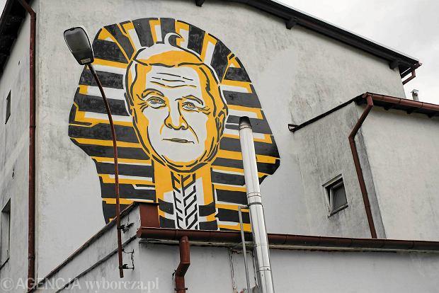 Minister gli ski nie b dzie zadowolony z tego muralu tak for Mural warszawa 44