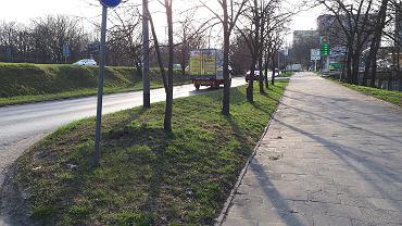 Ulica 26 Kwietnia. Droga rowerowa powstanie po prawej stronie