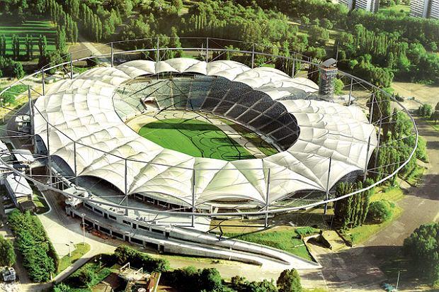 Tak miał wyglądać Stadion Śląski z dachem Saturn 2005