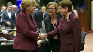 Szyd�o ju� po szczycie UE. Jutro spotka si� z Tuskiem, dzisiaj wymieni�a kilka zda� z Merkel