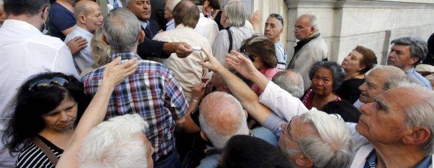 """Mieszkanka presti�owej dzielnicy Aten: Nie us�ysz� ode mnie upokarzaj�cego """"tak"""" dla oszcz�dno�ci"""