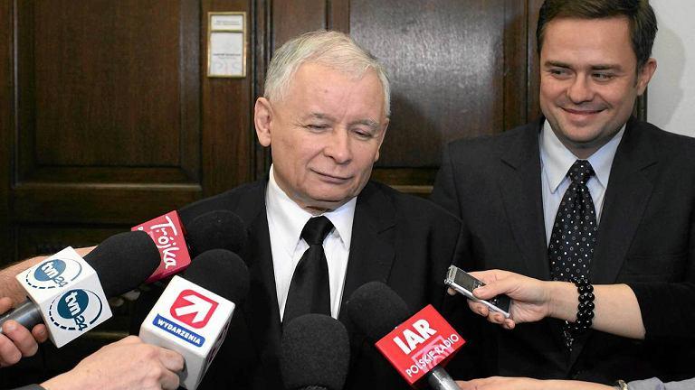 Jarosław Kaczyński i rzecznik PiS - Adam Hofman