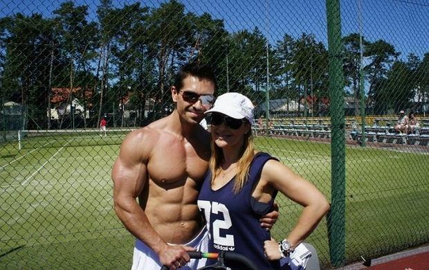 Katarzyna Skrzynecka z m�em na Baltic Cup. Ale on ma klat�!
