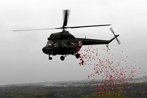 """Prokuratura zbada, czy wojskowe �mig�owce mog�y zrzuca� ulotki patriotycznej akcji """"Orze� mo�e"""""""