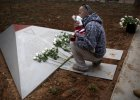 R�owe tr�jk�ty w parku. Ods�oni�to pomnik homoseksualnych ofiar wojny