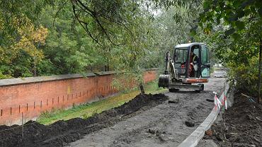 Szybkie remonty ulic na peryferiach oka si sukcesem jak for Mural alternatywy 4
