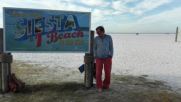 Janusz Rudnicki - ciałem na plaży na Florydzie, duchem - w polskim błotośniegu