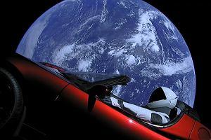 Elon Musk wysłał w kosmos swój samochód. Ma rozmach