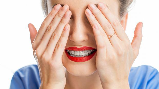 Aparat ortodontyczny zmienia zęby i życie