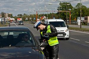 46 os�b zgin�o na polskich drogach od �rody do niedzieli. Mniej pijanych ni� przed rokiem