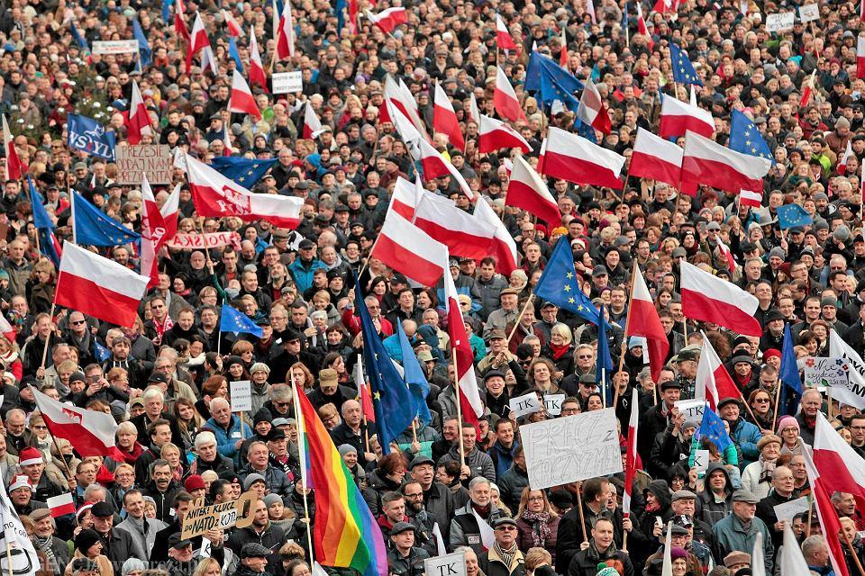 Chcemy by� w Europie. Znani mieszka�cy Lubelszczyzny m�wi�, co Polska zyskuje, b�d�c w Unii Europejskiej