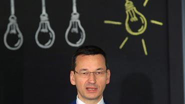 Wicepremier, minister rozwoju w rządzie PiS Mateusz Morawiecki podczas spotkania ws. dofinansowania budowy infrastruktury telekomunikacyjnej w programie Polska Cyfrowa. Warszawa, 22 czerwca 2017