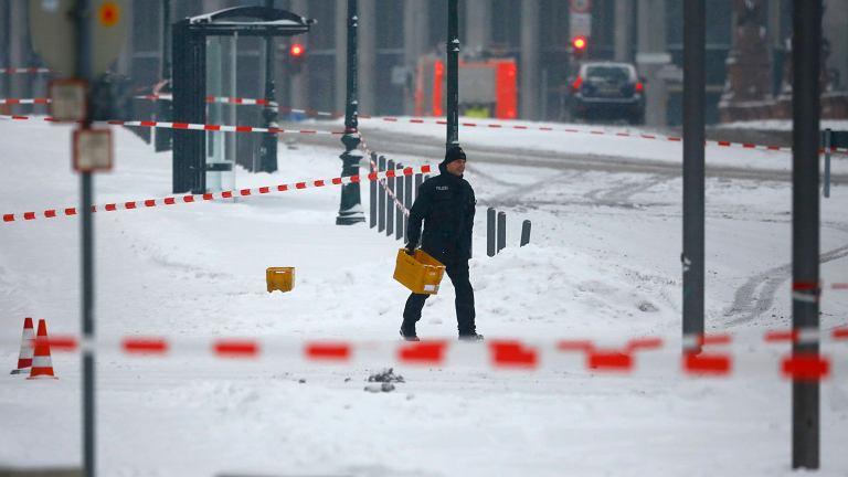 Podejrzana przesyłka pod biurem Angeli Merkel