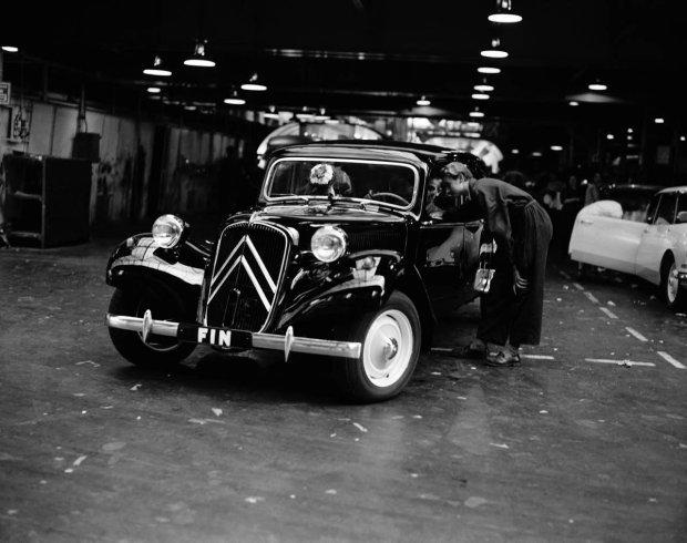 Citroen Traction Avant | 80 lat s�ynnego modelu