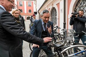 Biedroń i Jaśkowiak w Poznaniu w obronie samorządów