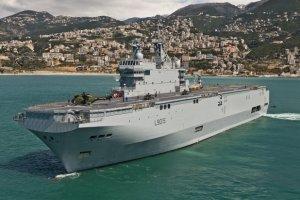 Francja zawiesza dostarczenie Rosji pierwszego mistrala. Rosja: To nie tragedia
