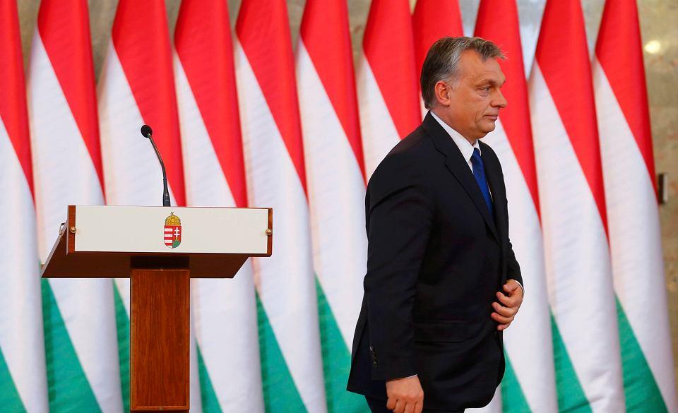 Victor Orban używa uchodźców jako karty przetargowej