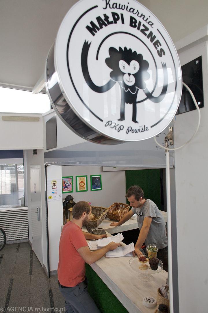 Zdjęcie numer 2 w galerii - Małpi Biznes: Nowy lokal na Dworcu Powiśle już działa