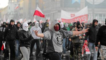 Starcia z policją podczas Marszu Niepodległości w 2011 roku
