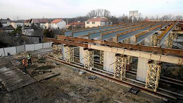 Budowa wiaduktów nad torami kolejowymi w ciągu ul. Marsa