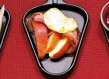 Raclette z jabłkami i boczkiem - ugotuj