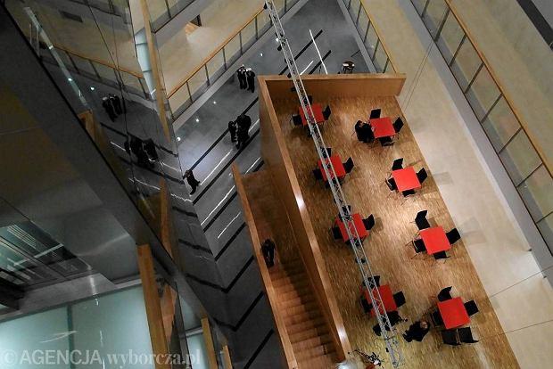 18.01.2012 LUBLIN , KUL . KATOLICKI UNIWERSYTET LUBELSKI . OTWARCIE GMACHU BIOTECHNOLOGII .  FOT. IWONA BURDZANOWSKA / AGENCJA GAZETA   SLOWA KLUCZOWE:  BIOTECHNOLOGIA