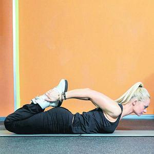 Ćwiczenia rozciągające i siłowe dla biegaczy