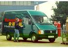 VOLKSWAGEN LT 35, rok produkcji 2000,  widok przedni prawy, samoch�d 4-drzwiowy, kolor zielony