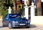 MERCEDES-BENZ Klasa E [W 211] 02-06, rok produkcji 2002, sedan, widok przedni prawy, samoch�d 4-drzwiowy, kolor niebieski jasny