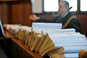 Stalker trafi przed sąd za nękanie swojej byłej partnerki