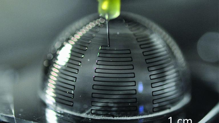 Trójwymiarowa antena wychodzi z drukarki