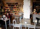 Cafe Melon - kawiarnia i księgarnia w jednym. Gdzie? Na warszawskiej Pradze