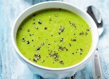 Zielona zupa z groszku z dodatkiem pesto - ugotuj