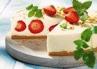 Ciasto z truskawkami. 11 doskonałych przepisów na lato