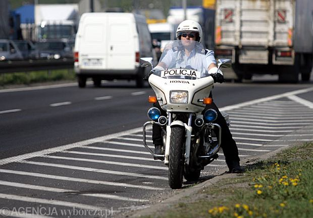 Kierowcy szalej� i zabijaj�, bo policja sobie nie radzi, a ulice s� �le zaprojektowane?