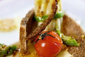 Szparagi z �ososiem