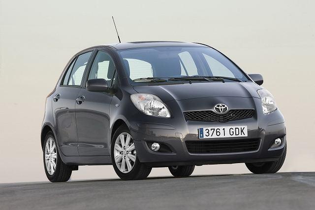Toyota Yaris - zmniejszono atrapę chłodnicy