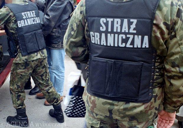Pogranicznicy nie wpu�cili Filipi�czyka. Jest w zarejestrowanym zwi�zku z Polakiem, ale polskie prawo zwi�zk�w partnerskich nie uznaje