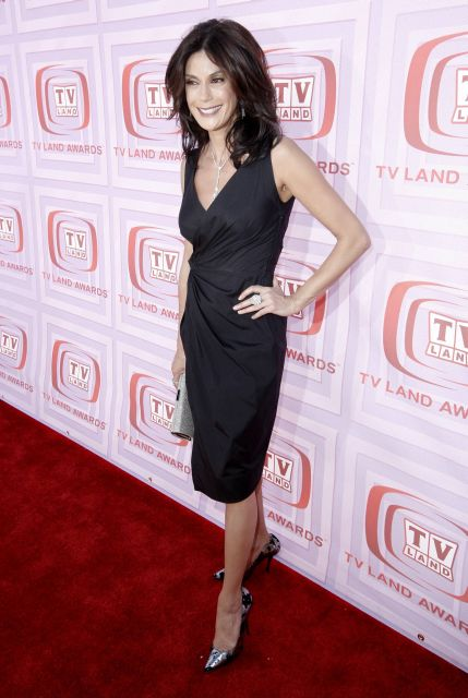 Actress Terry Hatcher arrives at the TV Land Awards on Sunday Jan. 19, 2009 in Universal City, Calif. (AP Photo/Matt Sayles)