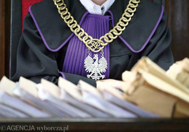Profesor Uniwersytetu Opolskiego skazany na 10 miesi�cy w zawieszeniu