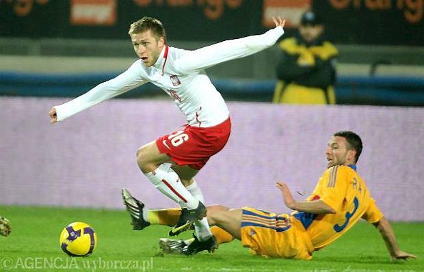 Liga niemiecka. Podolski i B�aszczykowski z czarnymi wst��kami