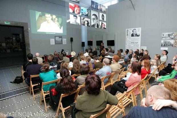 """Spotkanie z fotoreporterami """"Gazety Wyborczej"""" w Muzeum Narodowym w Szczecinie."""