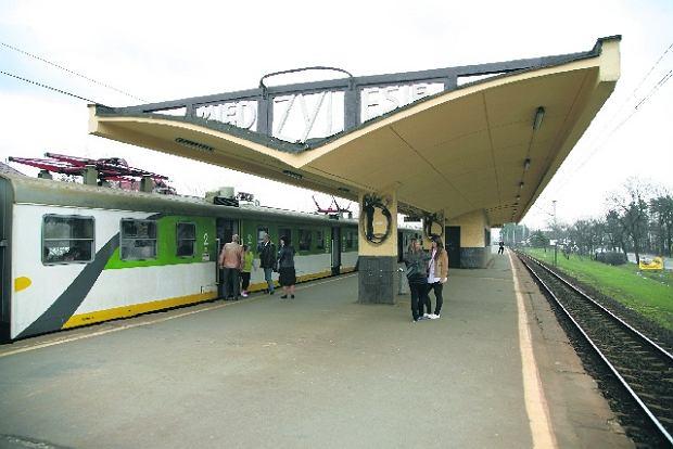 Chc� zniszczy� przedwojenne stacje kolejowe